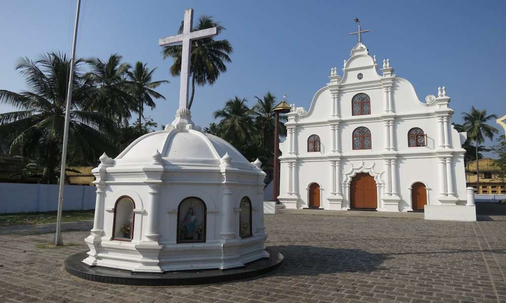 Fort-Kochi-St-Francis-Church